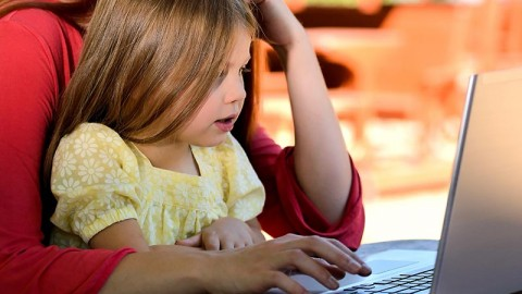 Impact of computer use on children's vision