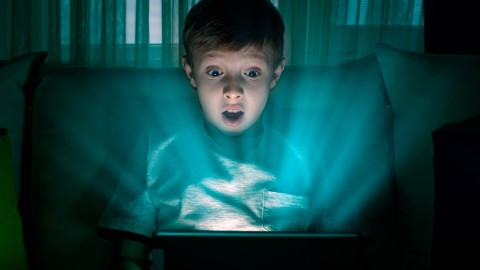 Screens, blue light and children