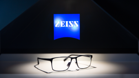 Zeiss launches full UV protection in clear lenses globally